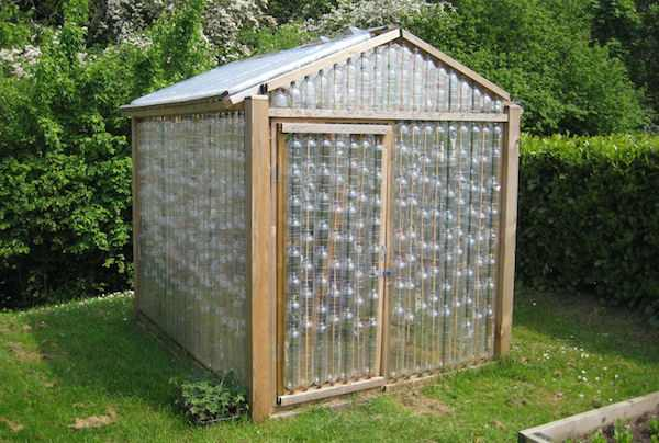 15 free greenhouse plans diy - Cabane de jardin igloo ...