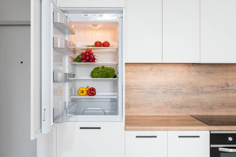 Whirlpool Refrigerator Not Making Ice but Water Works